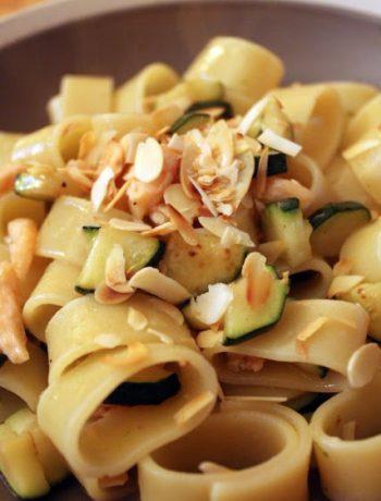 calamarata-salmone-zucchine-lime