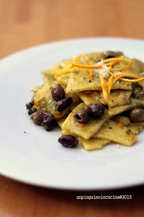 maltagliati-si-mais-con-pesto-di-pistacchi-olive-taggiasche-e-scorza-di-arancia
