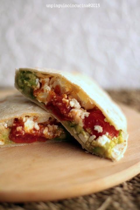 piadina-pomodorini-avocado-e-feta