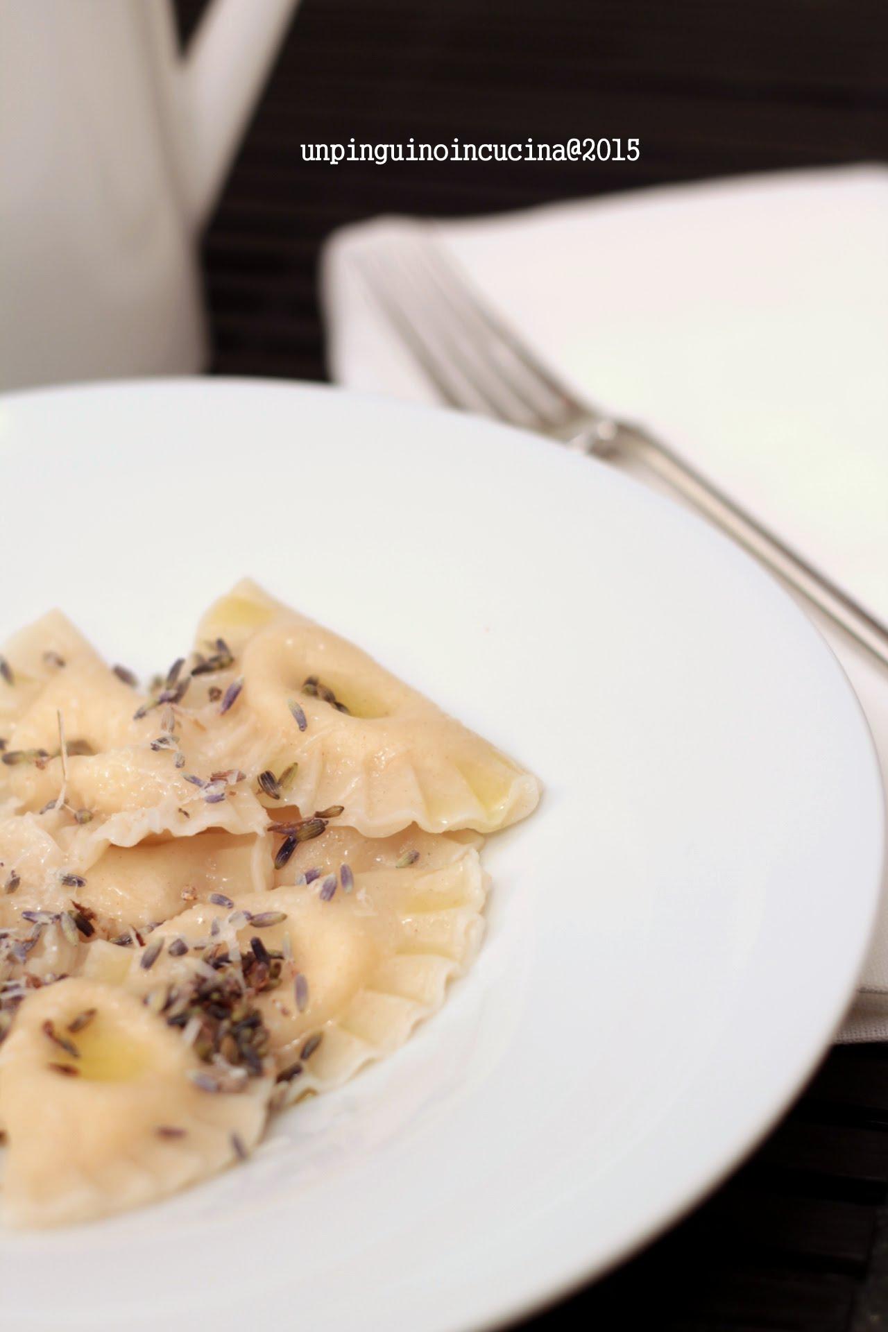 ravioli-parmigiano-reggiano-e-lavanda