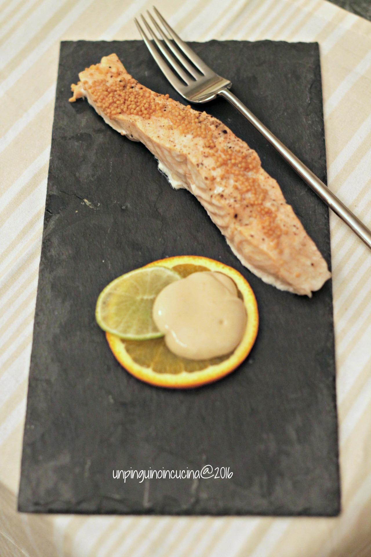 salmone-agli-agrumi-con-dip-alla-senape