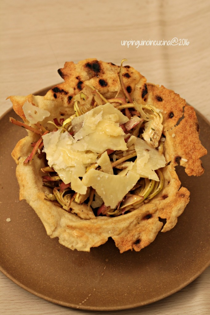 cestini-di-pane-carasau-con-insalata-carciofi-grana-e-miele