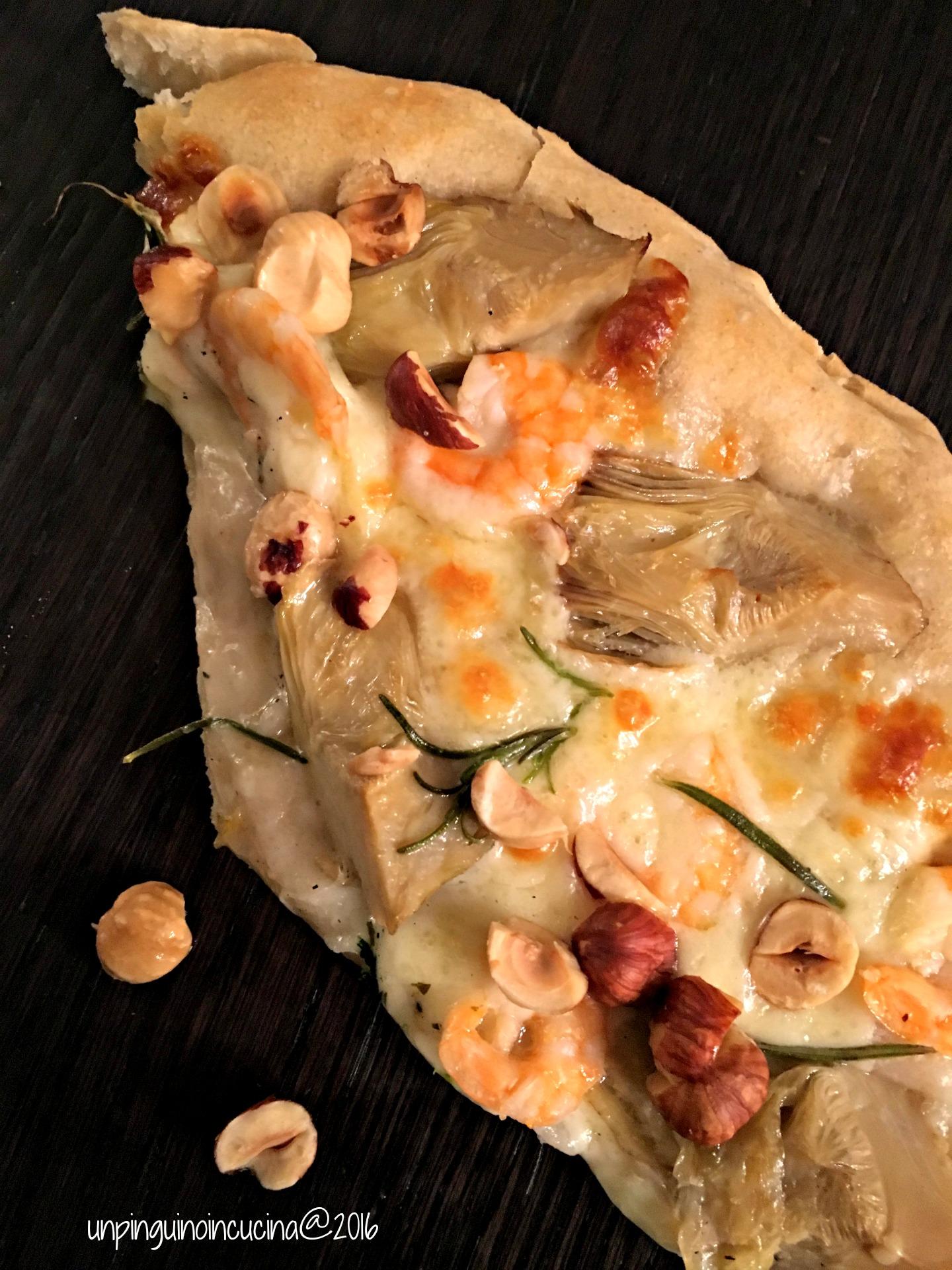 pizza-gamberi-carciofi-e-nocciole-tostate