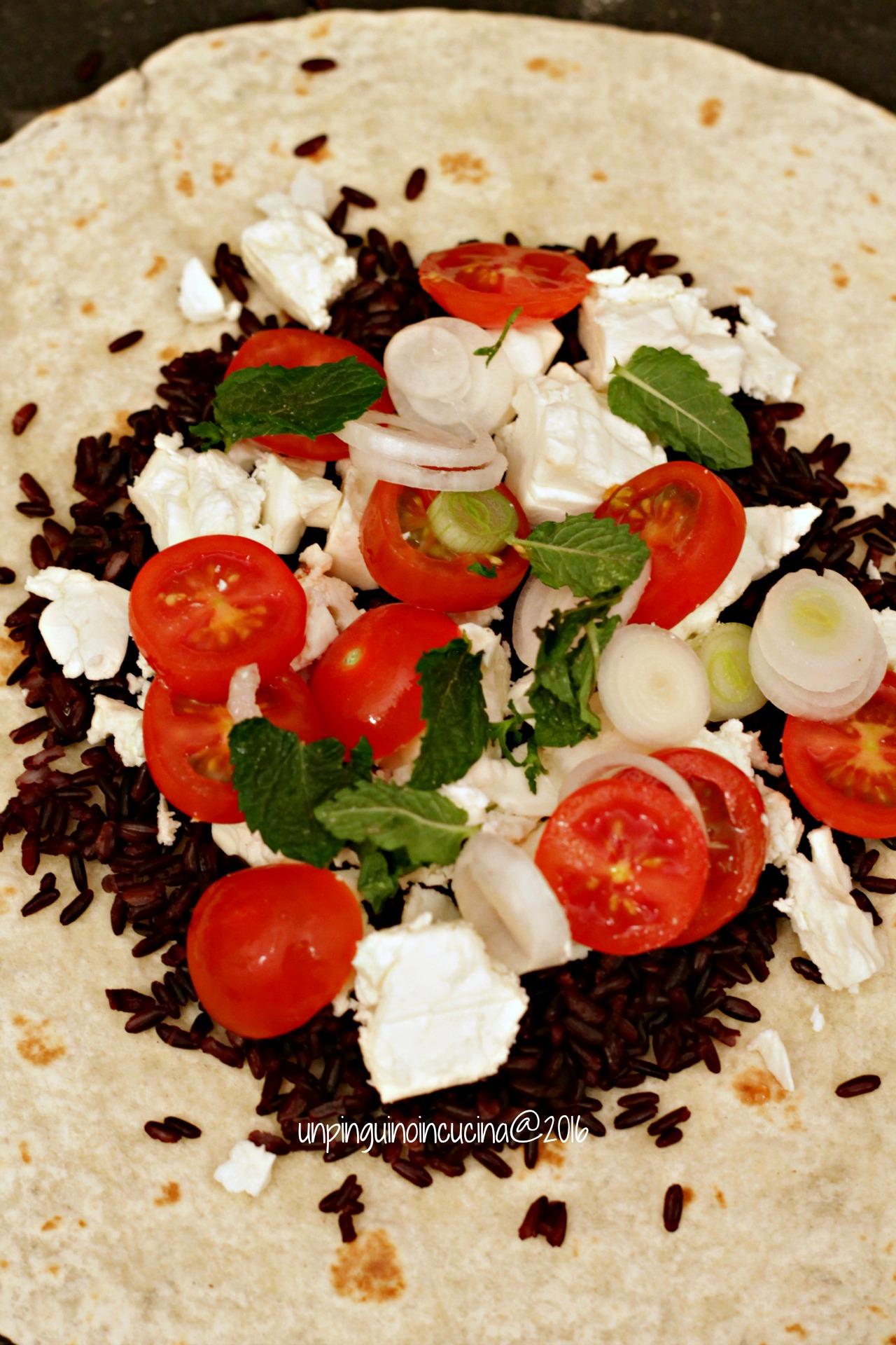 burrito-riso-venere-feta-olive-e-menta
