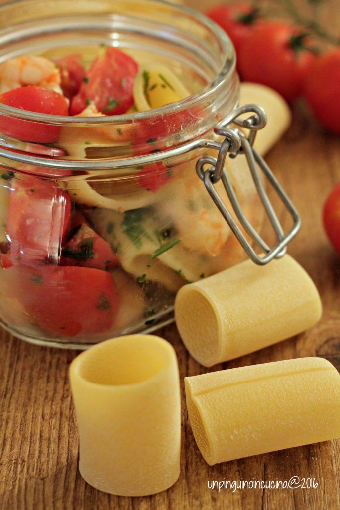 paccheri-freddi-con-gamberi-e-pomodorini