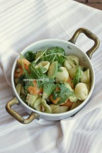 insalata-di-orecchiette-avocado-e-melone