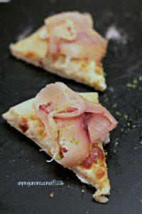 pizza-stracciatella-spada-affumicato-e-lime