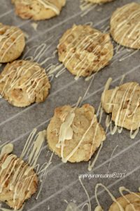cookies-arance-mandorla-con-cioccolato-bianco