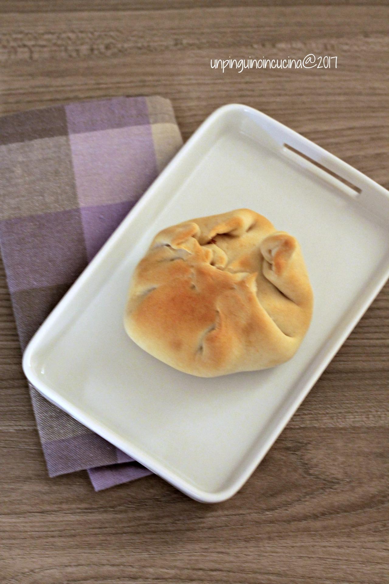 fagottini-cipolle-asiago-amaretti