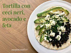 tortilla-ceci-neri-avocado-e-feta