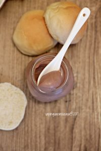 rema-spalmabile-al-cioccolato-kinder