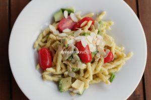 strozzapreti-pesto-di-agrumi-e-avocado