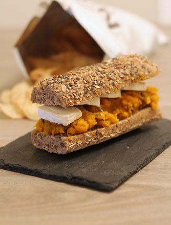 panino-pestato-zucca-datteri-e-chèvre