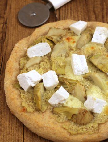 pizza-carciofi-e-ricotta-di-capra