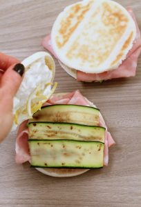 tigelle-mortadella-zucchine-ricotta-al-limone