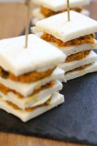 torrette-crema-di-zucca-al-tahini-con-ricotta-salata