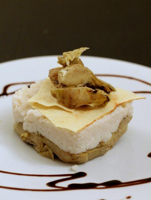 millefoglie-baccalà-mantecato-carciofi-e-pane-carasau