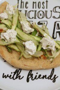pizza-asparagi-robiola-al-tartufo