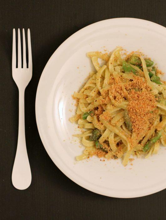 scialatielli-pesto-di-pistacchi-asparagi-e-pangrattato-arancia