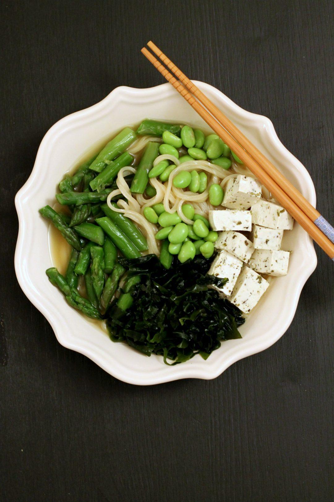 tofu-veggies-noodle-bowl