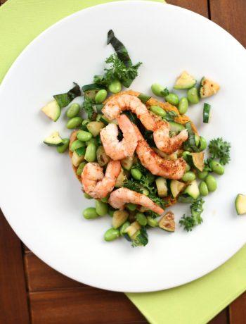 frisella-alla-curcuma-con-zucchine-gamberi-e-edamame
