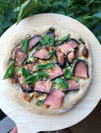 pizza-zucchine-salmone-e-limone
