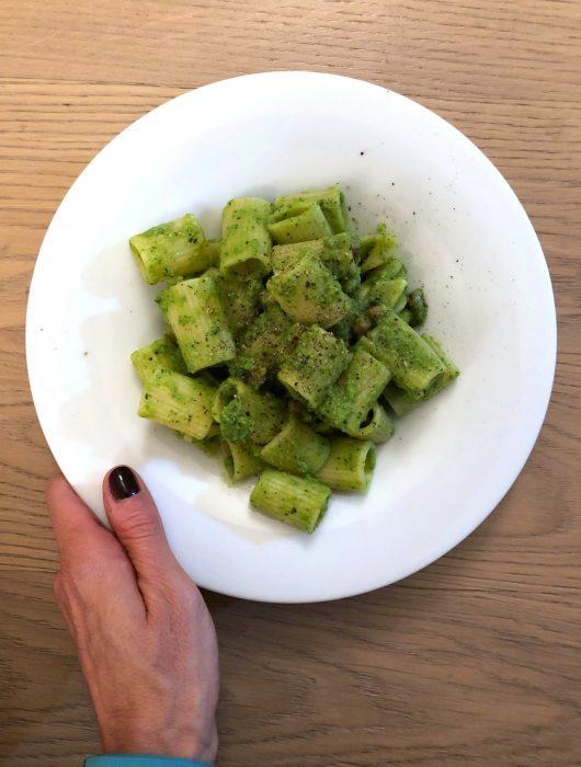 mezze-maniche-piselli-menta-e-pancetta