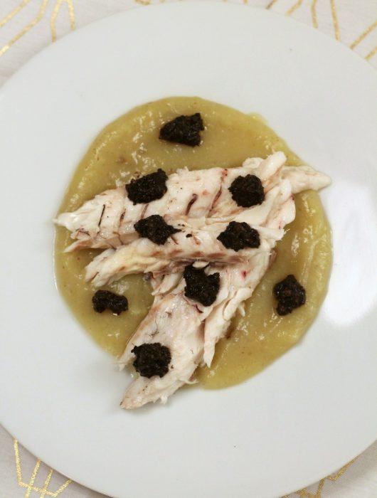 branzino-al-forno-con-crema-di-topinambur-e-tartufo