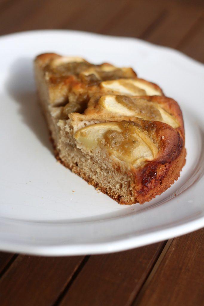 torta-integrale-alle-mele-con-confettura-di-mele