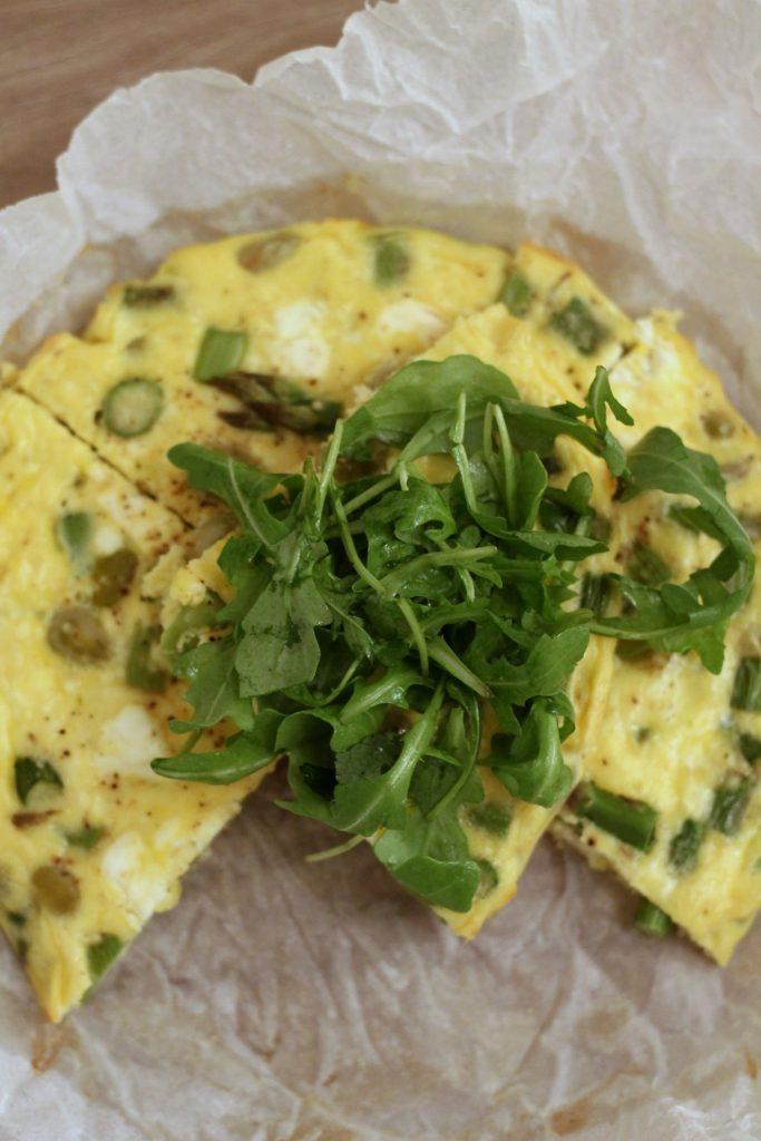 frittata-al-forno-con-asparagi-fave-e-feta