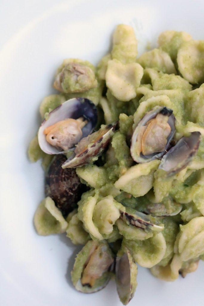 orecchiette-vongole-veraci-e-crema-di-broccoli