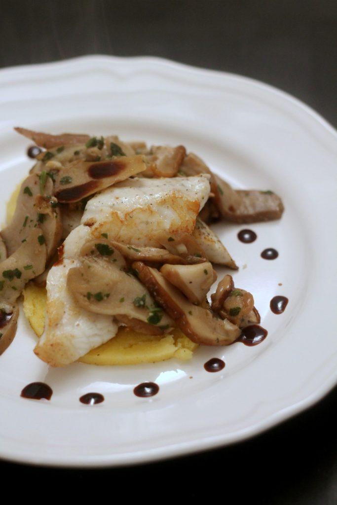filetto-di-orata-con-funghi-porcini-e-polenta