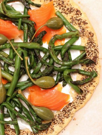schiacciata-philadelphia-asparagi-e-salmone-affumicato